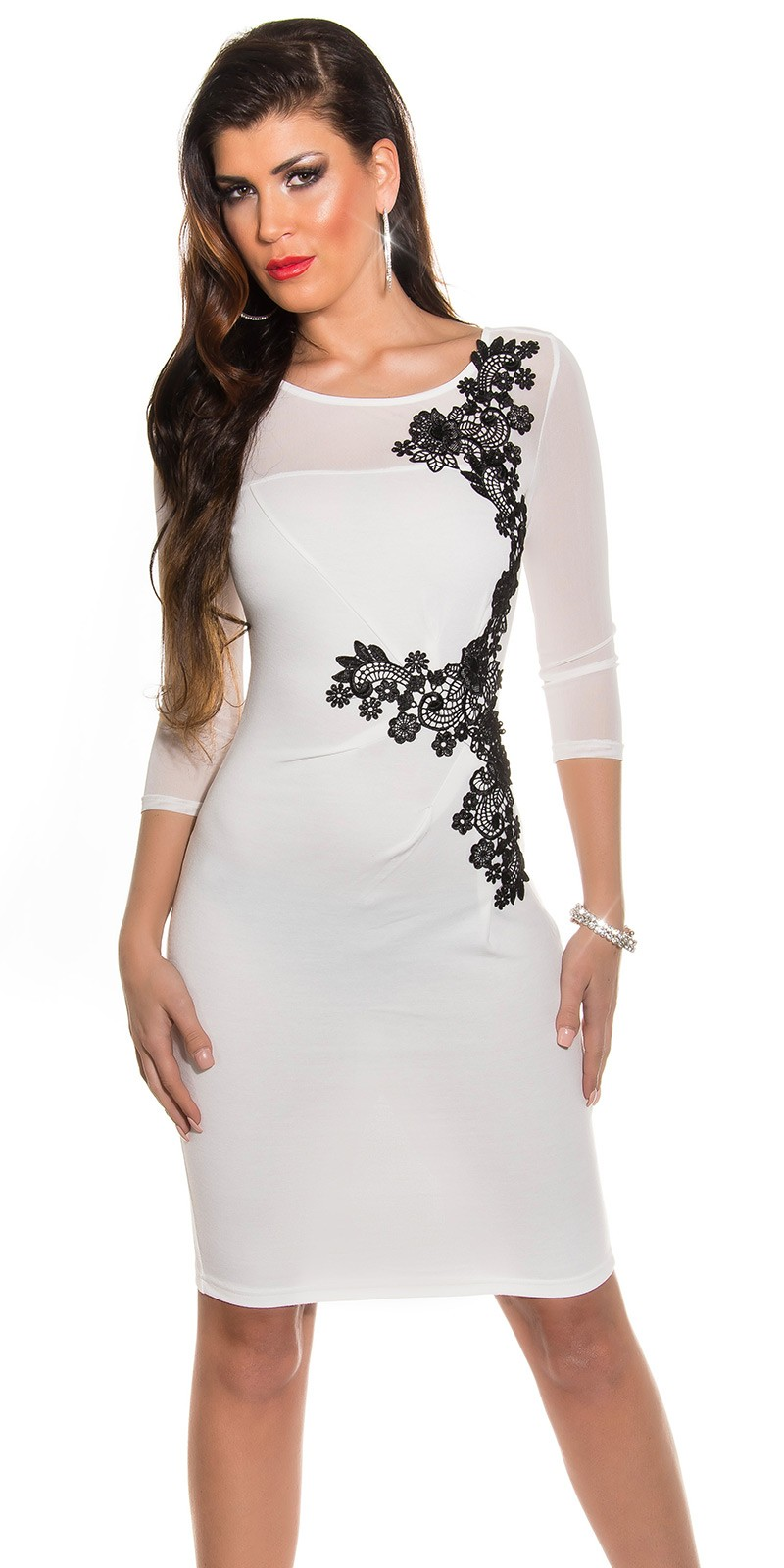 aefefac15a RAKTÁRON | Fekete horgolt csipke díszítésű női alkalmi ruha - Fehér ...